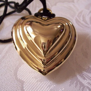 """Jewelry - Heart Pendant 17"""" Necklace Gold Tone"""